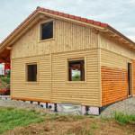 Casa mq. 46,00 + 36,00 sp. cm. 4,2 p.terra : Cucina/soggiorno, 1 c. letto,wc, studio.  p.primo 2c. letto,wc.
