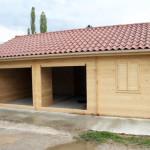 Garage doppio con stanza chiusa  sp. cm.4,2 mq. 54