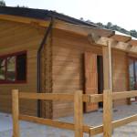 Villa mq. 78,00 sp. cm. 21. Salone, cucina, 2 c. letto, studio, ripostiglio, 2 wc.